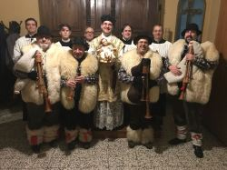 Epifania 2018 - Foto di gruppo alla fine della messa celebrata in rito antico a Legnano